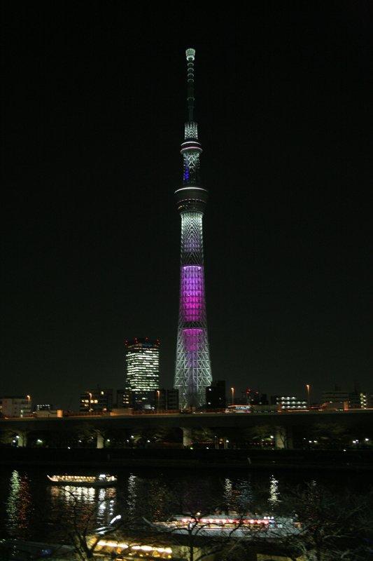 「東京スカイツリー」桜の「舞い」カラー