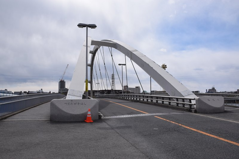旧東海道の鶴見川橋
